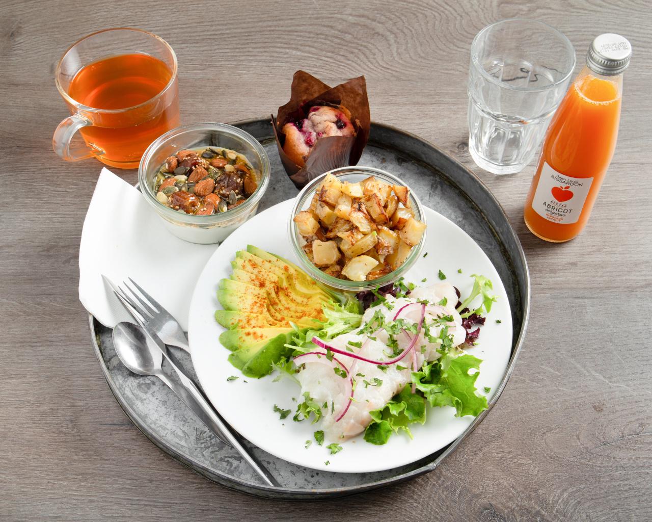 Restaurant Lyon 2 ceviche poke seafood brunch -Skipjack (2).jpg