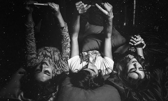 girls bed.jpg