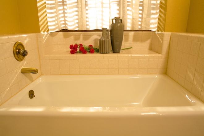 12. 2nd  bath .jpg