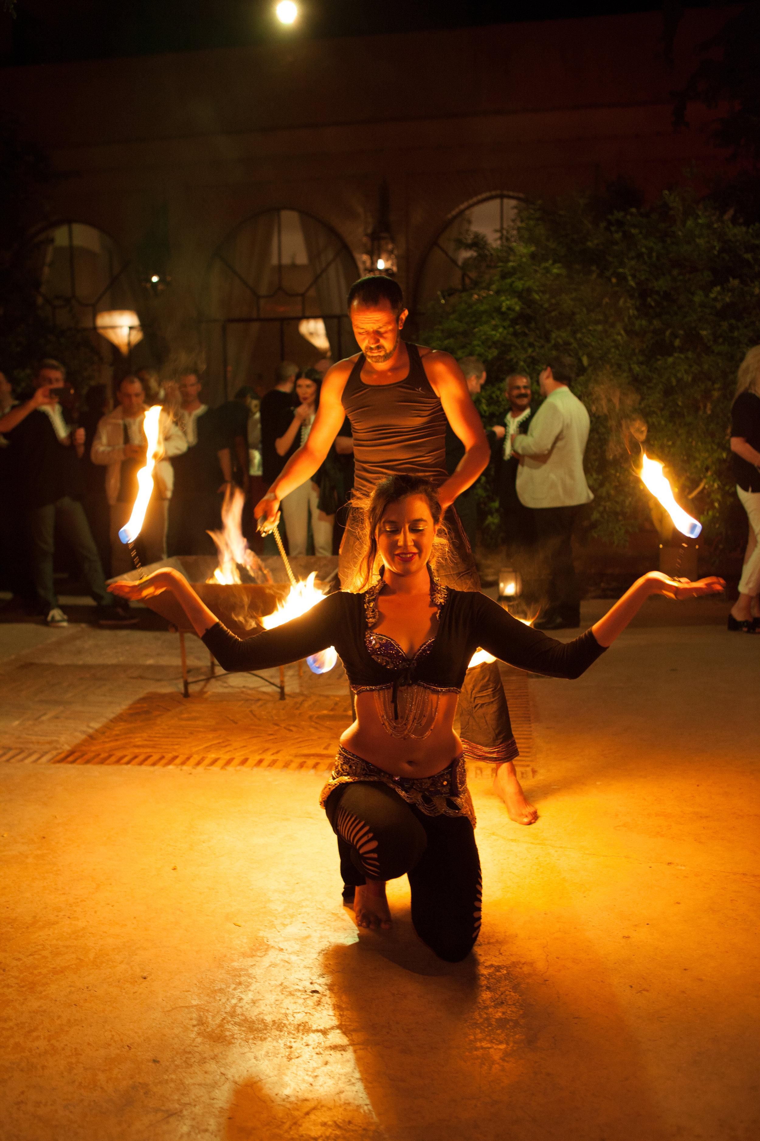 danseuse feu.jpg