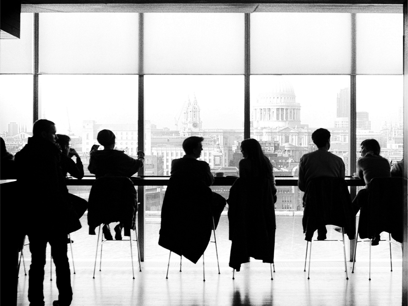 Gestion de Crise - Parce que la bonne gestion des affaires complexes et des crises de communication repose sur la capacité à démontrer sa compréhension des attentes de la société.- Communication Judiciaire- Communication de Crise- Communication RH