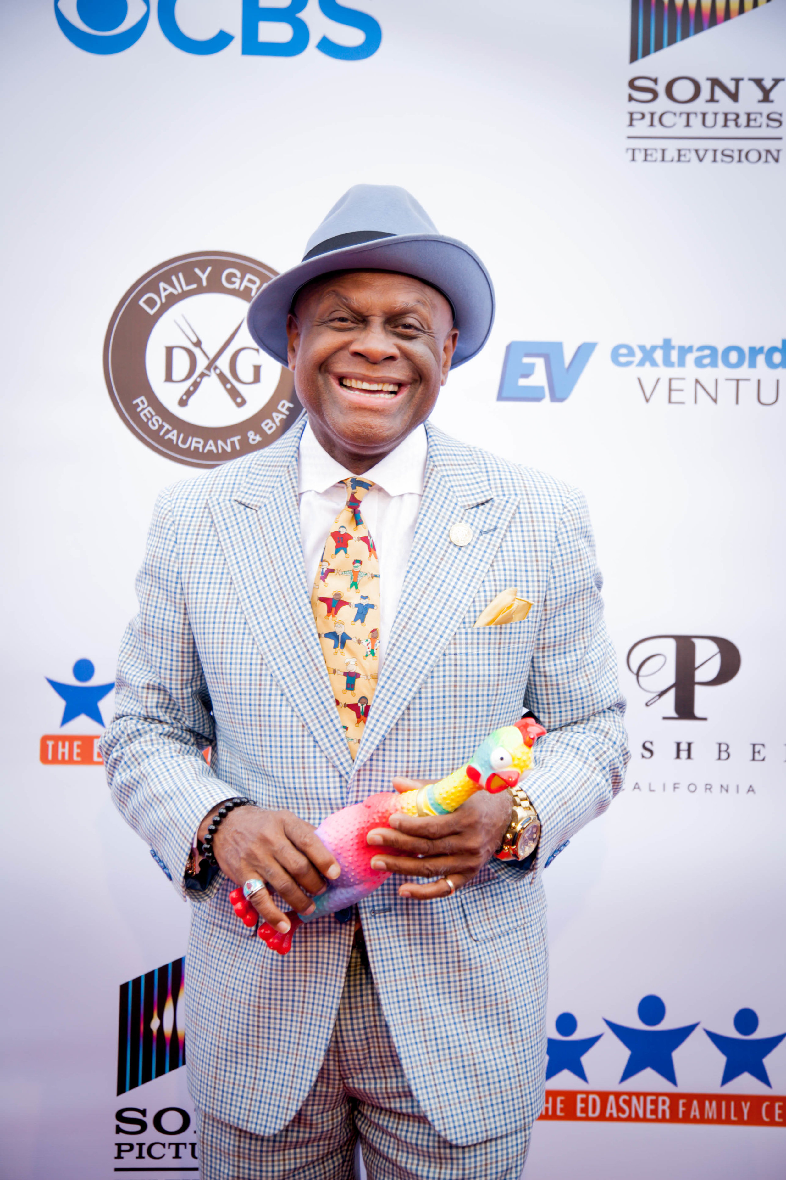Michael Colyar and chicken. Photo by Erin Poole for Average Socialite.