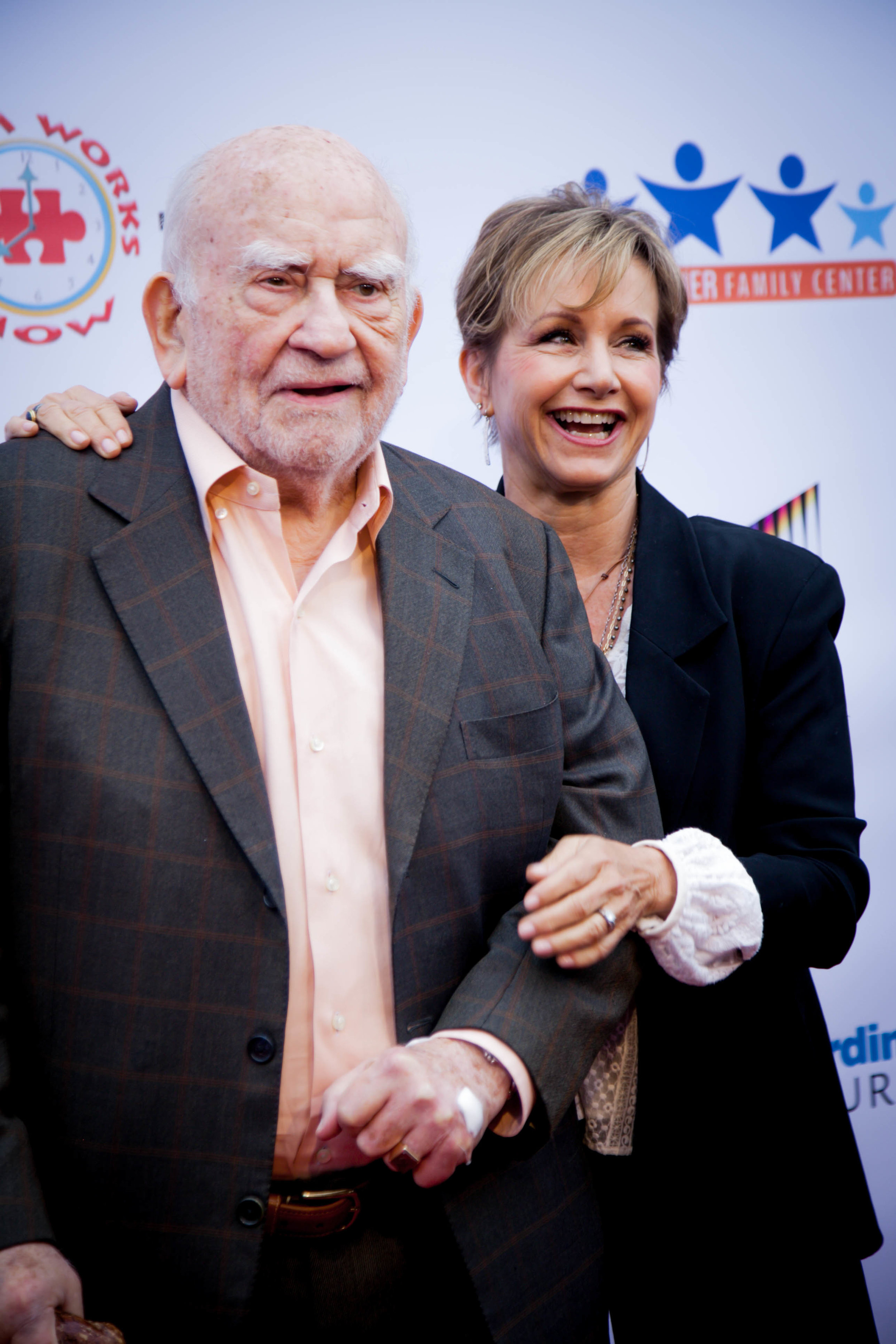 Gabrielle Carteris and Ed Asner. Photo by Erin Poole for Average Socialite.