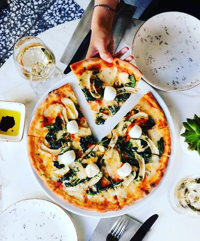 #DC 🍽 The wait is finally over! Today is the first day of Summer Restaurant Week, which runs through August 18th. Give your wallet a break and treat your tastebuds with delicious prix fixe menus at over 250 of DC's hottest restaurants. Where will you be chowing down?  For more info visit:  www.averagesocialite.com  Photo: @ramwdc