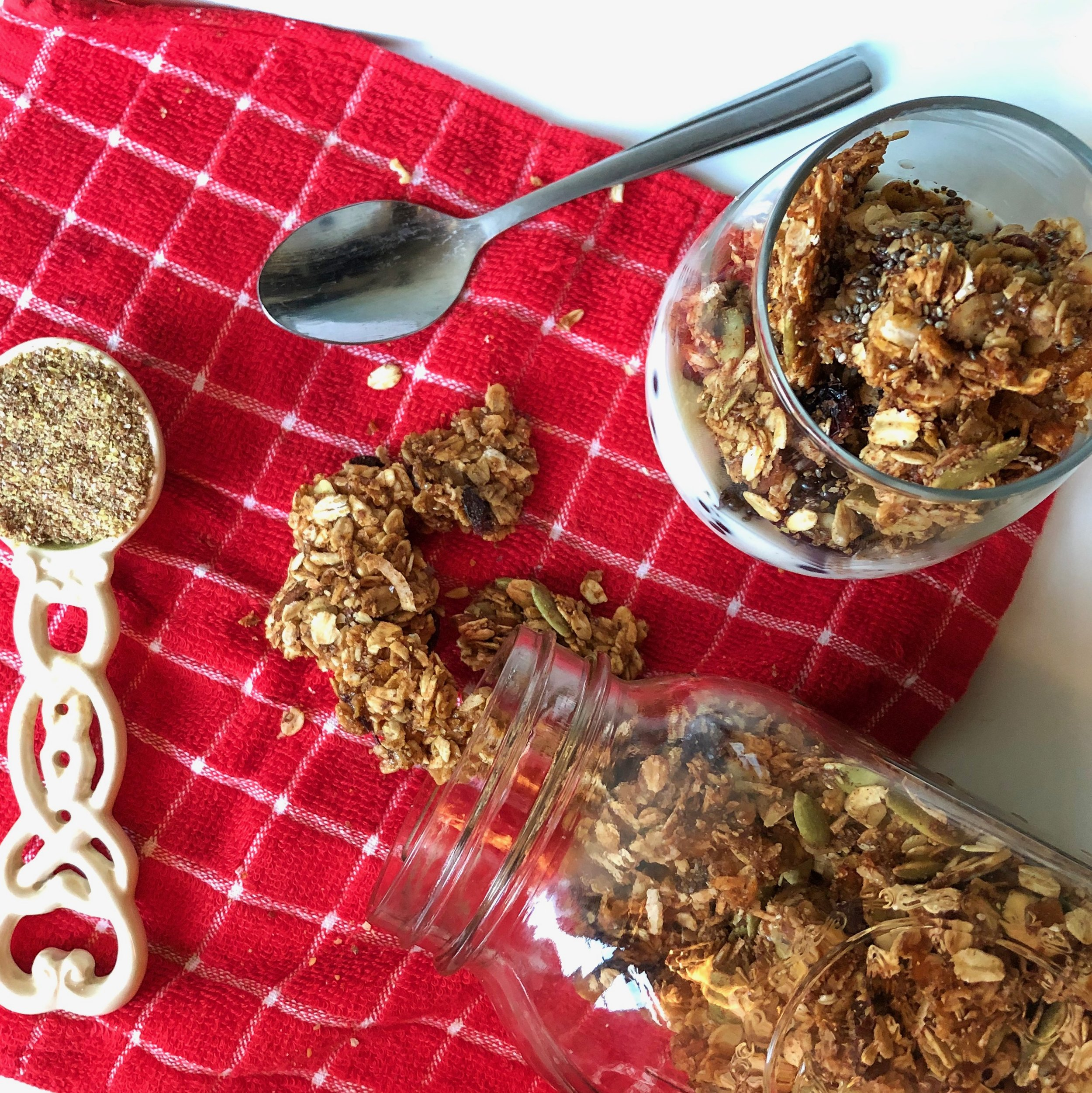 HONEY FLAX GRANOLA CLUSTERS - DAIRY-FREE, NO ADDED SUGAR, GLUTEN-FREE (OPTIONAL), VEGAN (OPTIONAL)