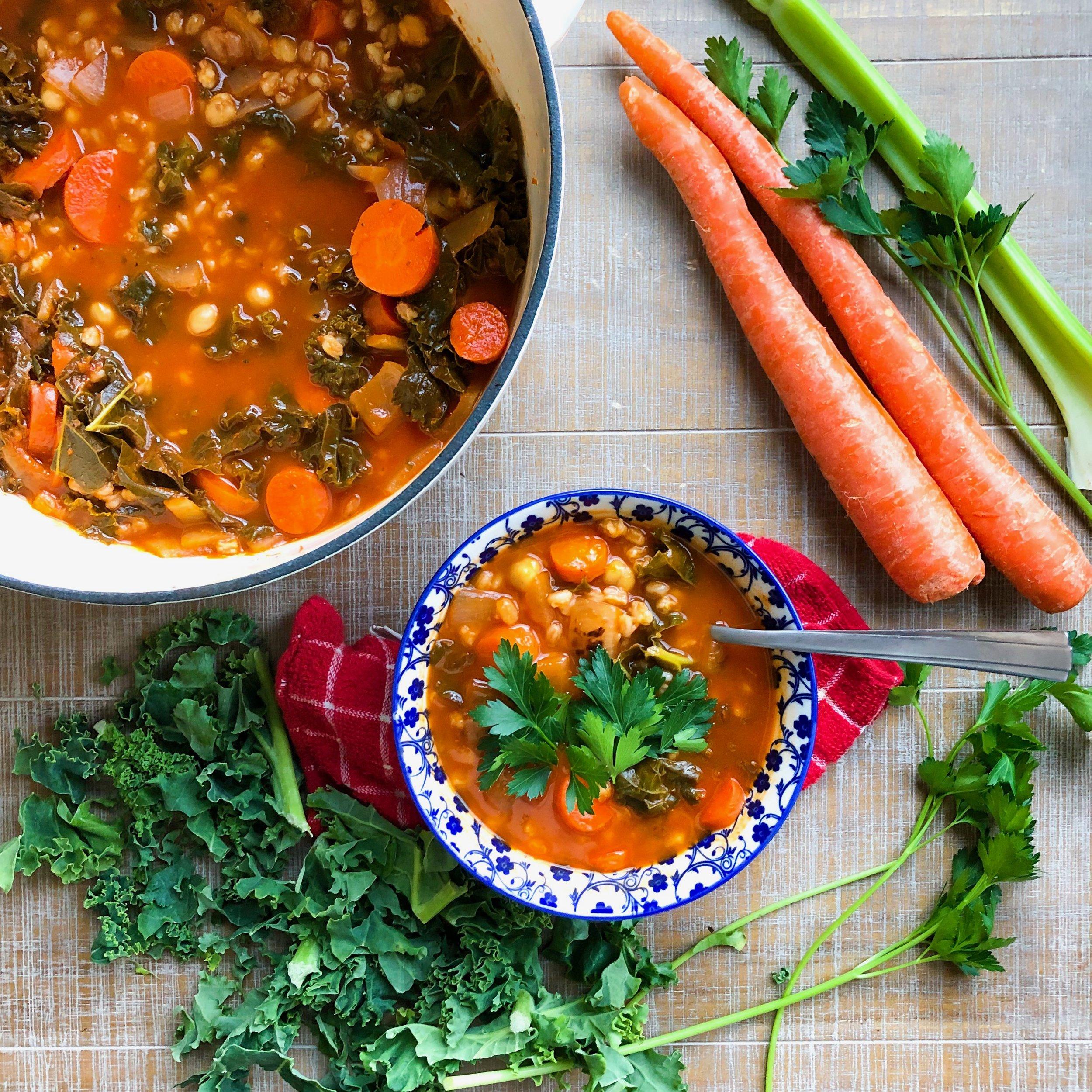Minestrone Soup - DAIRY-FREE, VEGAN, GLUTEN-FREE (OPTIONAL), MEAL PREP