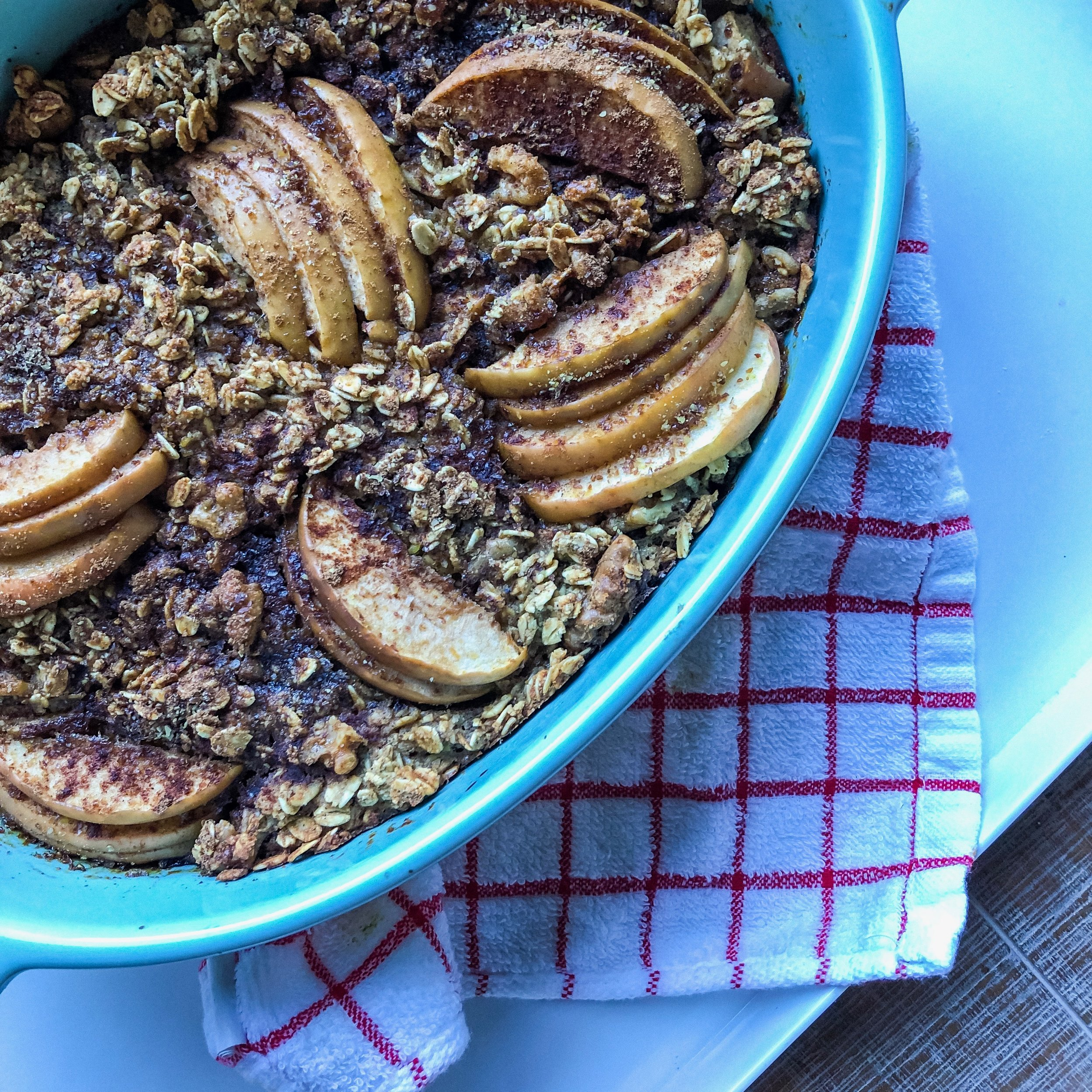 Apple Pie Baked Oats - Gluten-Free (optional), Vegan (Optional), Meal Prep, Superfoods