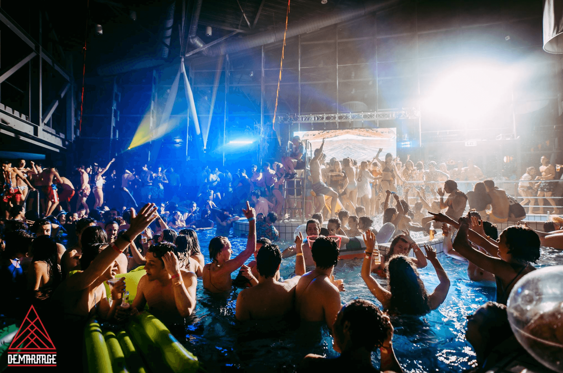 concept-indoorpoolparty4.png
