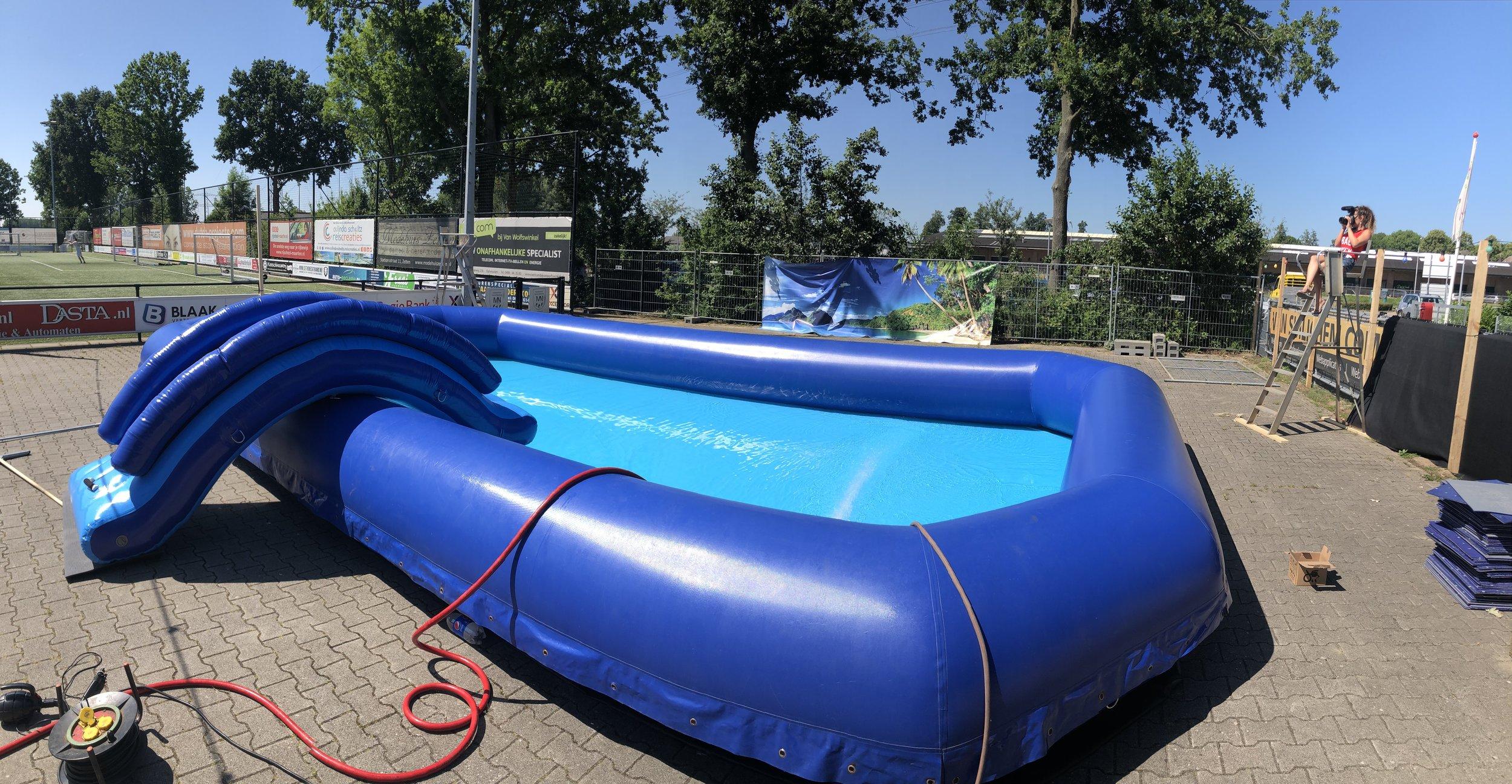 10x6 zwembad zijview met brug.JPG