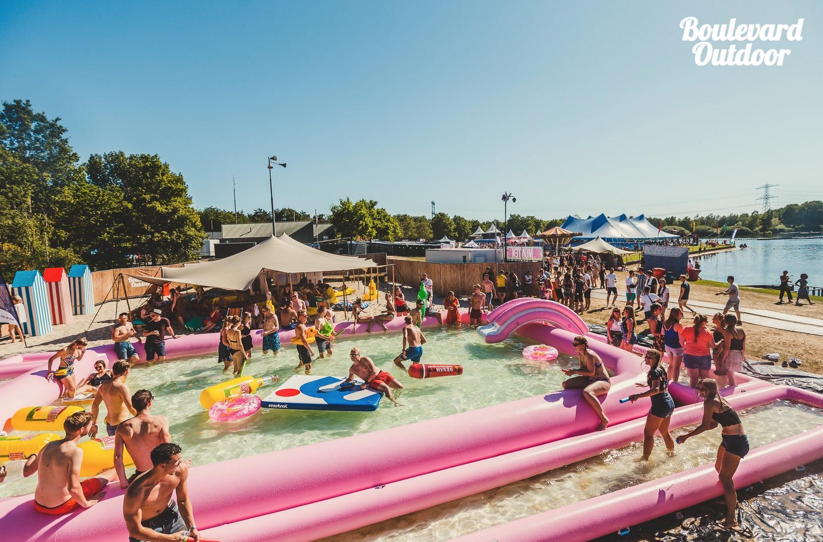12x8 roze zwembad.jpeg