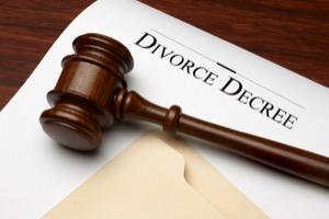 judge's-gavel-over-a-divorce-decree-document.jpg