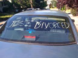 a-sign-on-the-back-of-a-car-saying-just-divorced.jpg