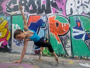 Bianca parisstreet1_orig.jpg