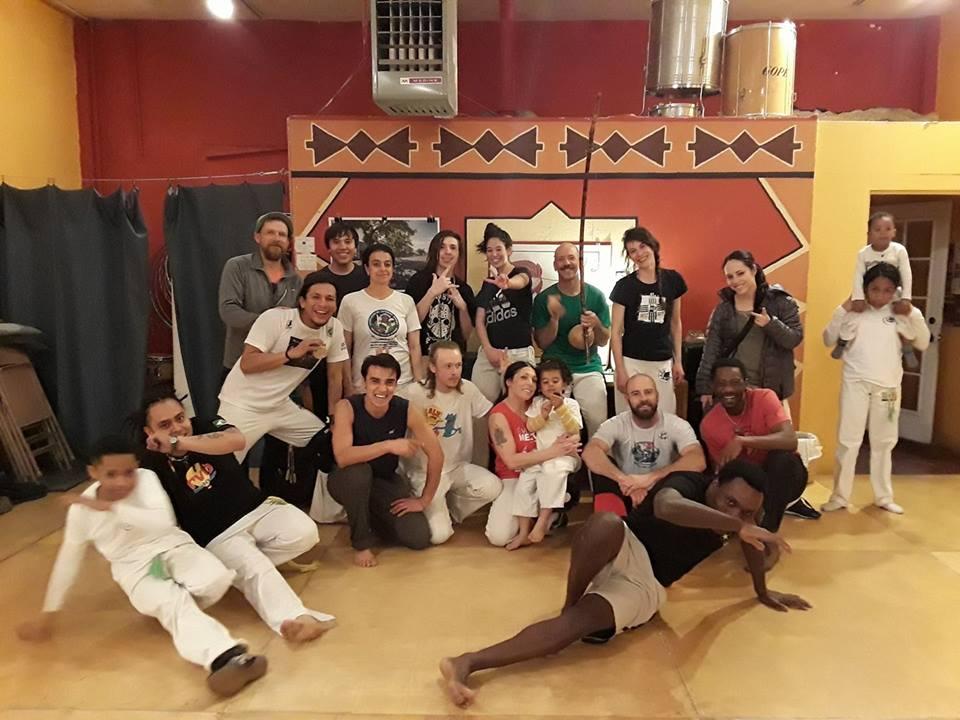 capoeira girassol fb.jpg