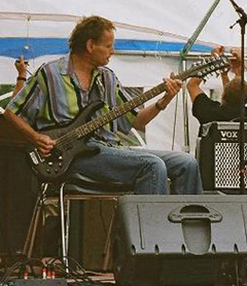 Terje Paulsen from Kristiansand, Norway on stage with his Phil 12-string bass.