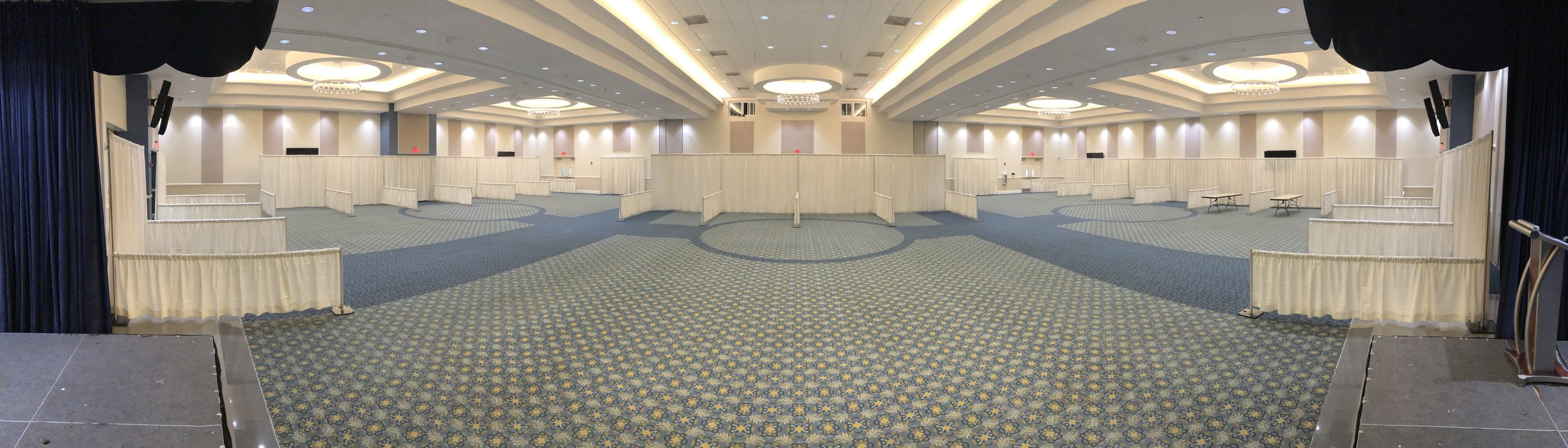 25 - 10' Wide X 10' Deep White Expo Booths