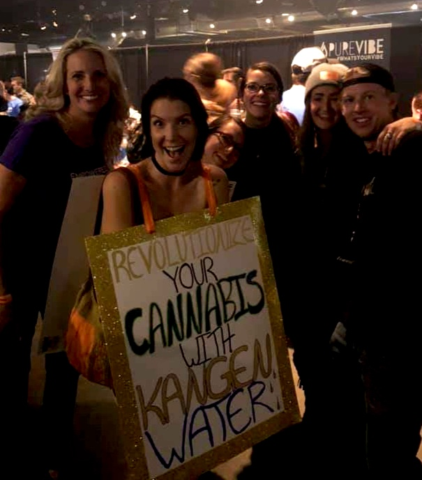 Connecting with Cannabis Comrades!