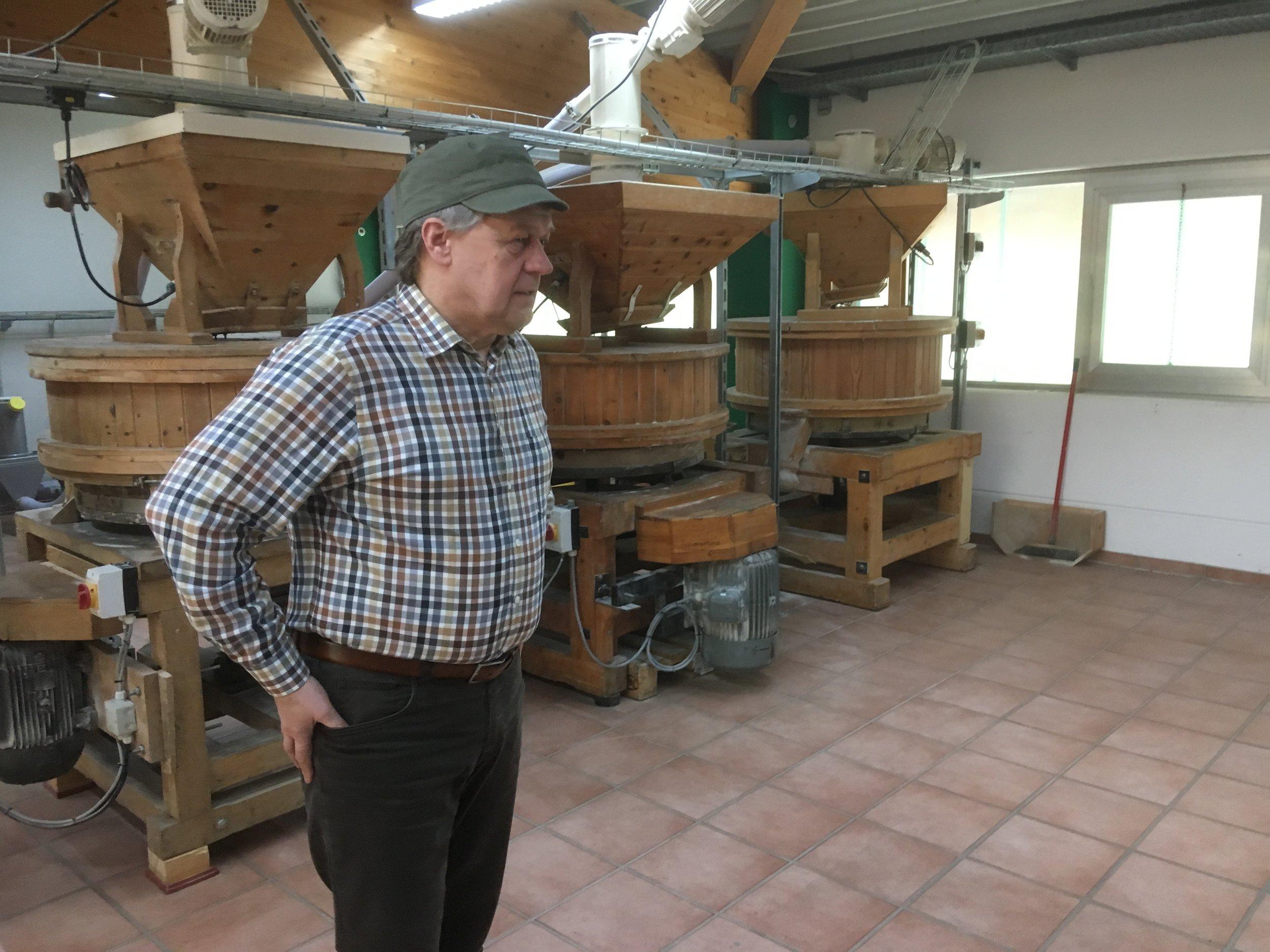 Bakker Schomaker en zijn 3 molen: Een voor tarwe, een voor rogge, een voor spelt