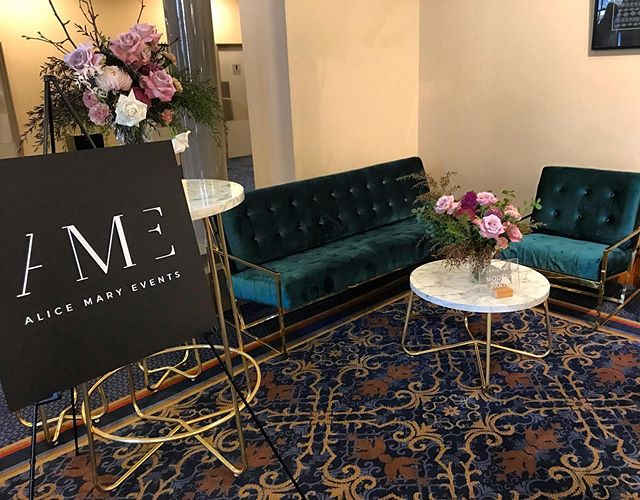 Alice Mary Events at the Adelaide Town Hall Wedding Open Day 🍂 Huge Thank You to @modernparty for the furniture  @angelikblossoms for the stunning florals and @magnolia_press for my matt black acrylic signage