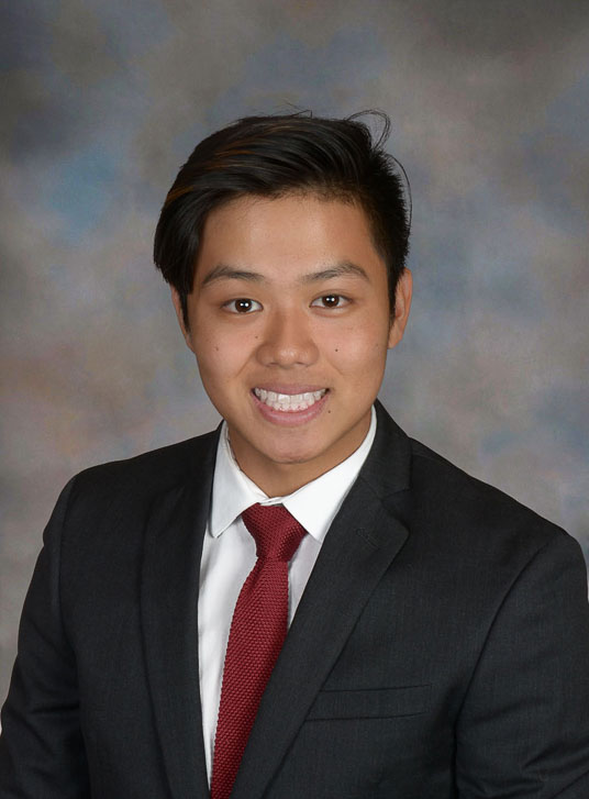 Ethan Ng Pack  | Class of 2019   Hometown:  Honolulu, HI   Majoring in  Wharton: Finance and Real Estate   The Blackstone Group : Summer Analyst   Tradewind Capital Group : Private Equity Intern   Groups & Societies:  Hawaii Club, Sigma Phi Epsilon, WITG, WUREC   Interests:  Hiking, Cities, Guitar, Football, Travel