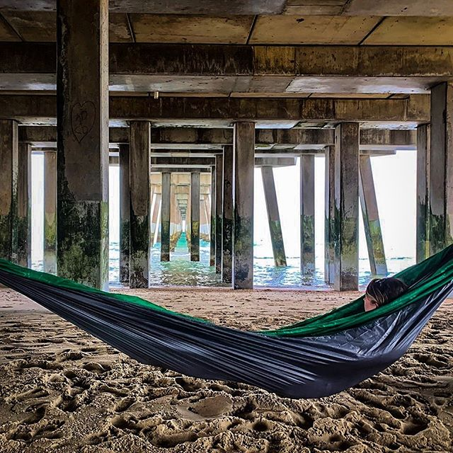 We love the creative places people hang their #levitynylon hammocks! @rlsnewcomb and @_knowmefromadam have got the right idea when it comes to hanging out and enjoying the views. If we remember correctly this hammock is constructed from green f-111 from a Raven reserve parachute donated by @skydivearizona  and grey f-111 from spec. testing bolts of fabric donated by @performancedesigns 🌎♻️💙 #hammocklife #hammockcommunity #sustainablymade