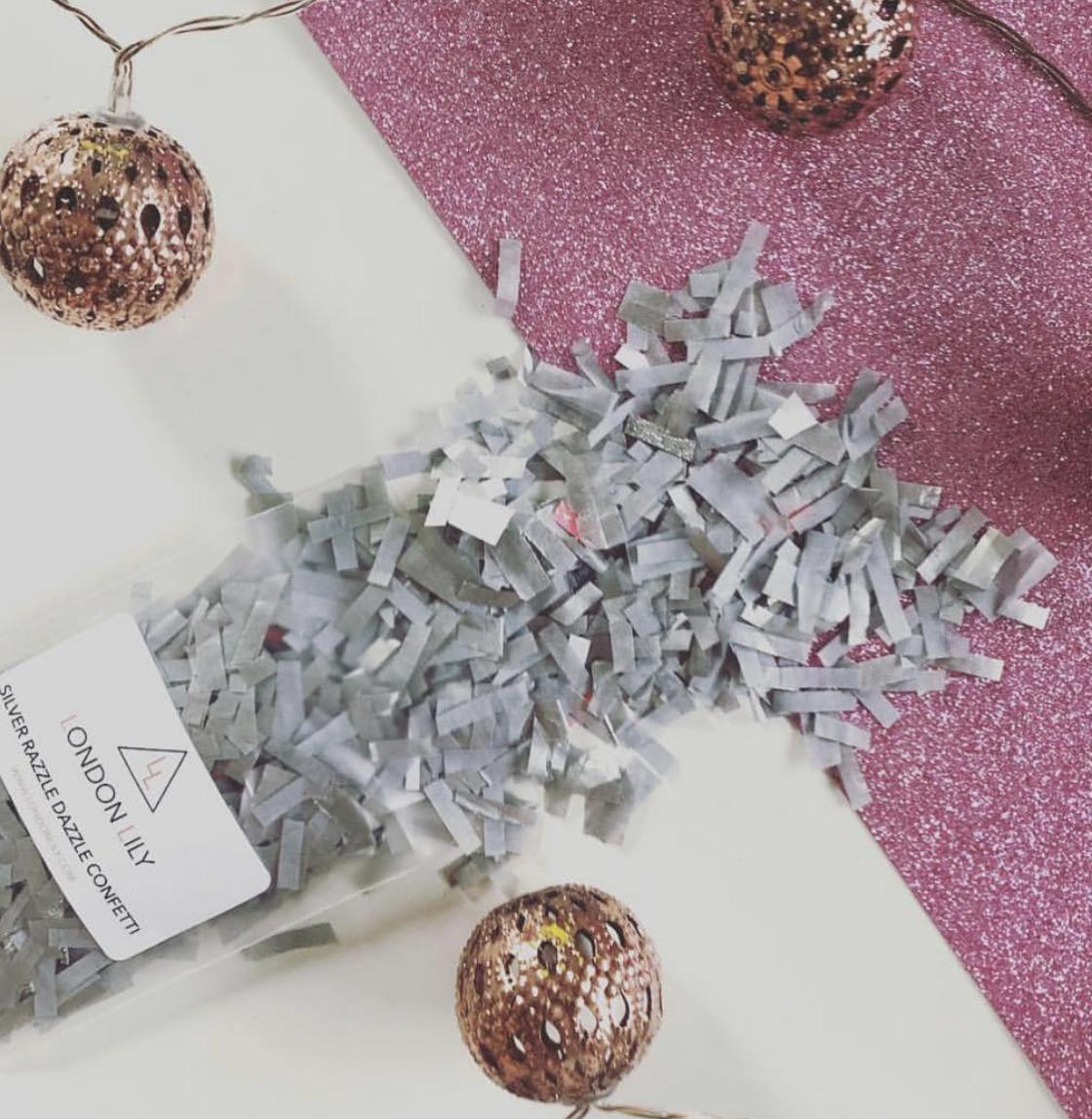 Silver Razzle Dazzle confetti.png