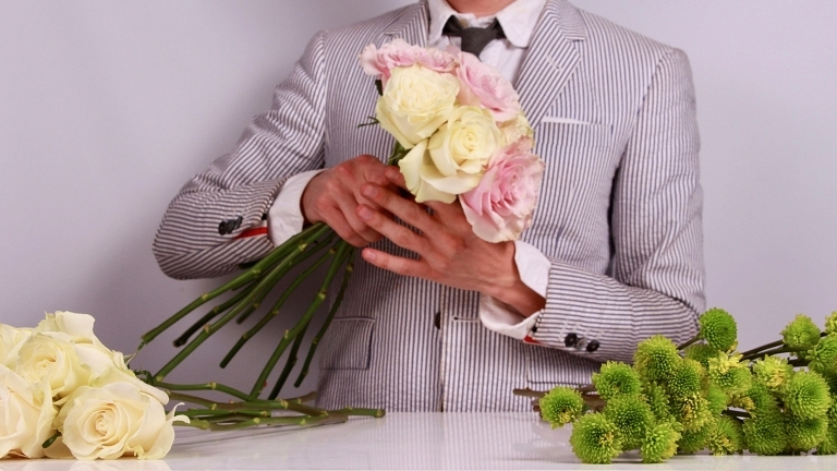 for Over The Moon - how to build your own wedding bouquet