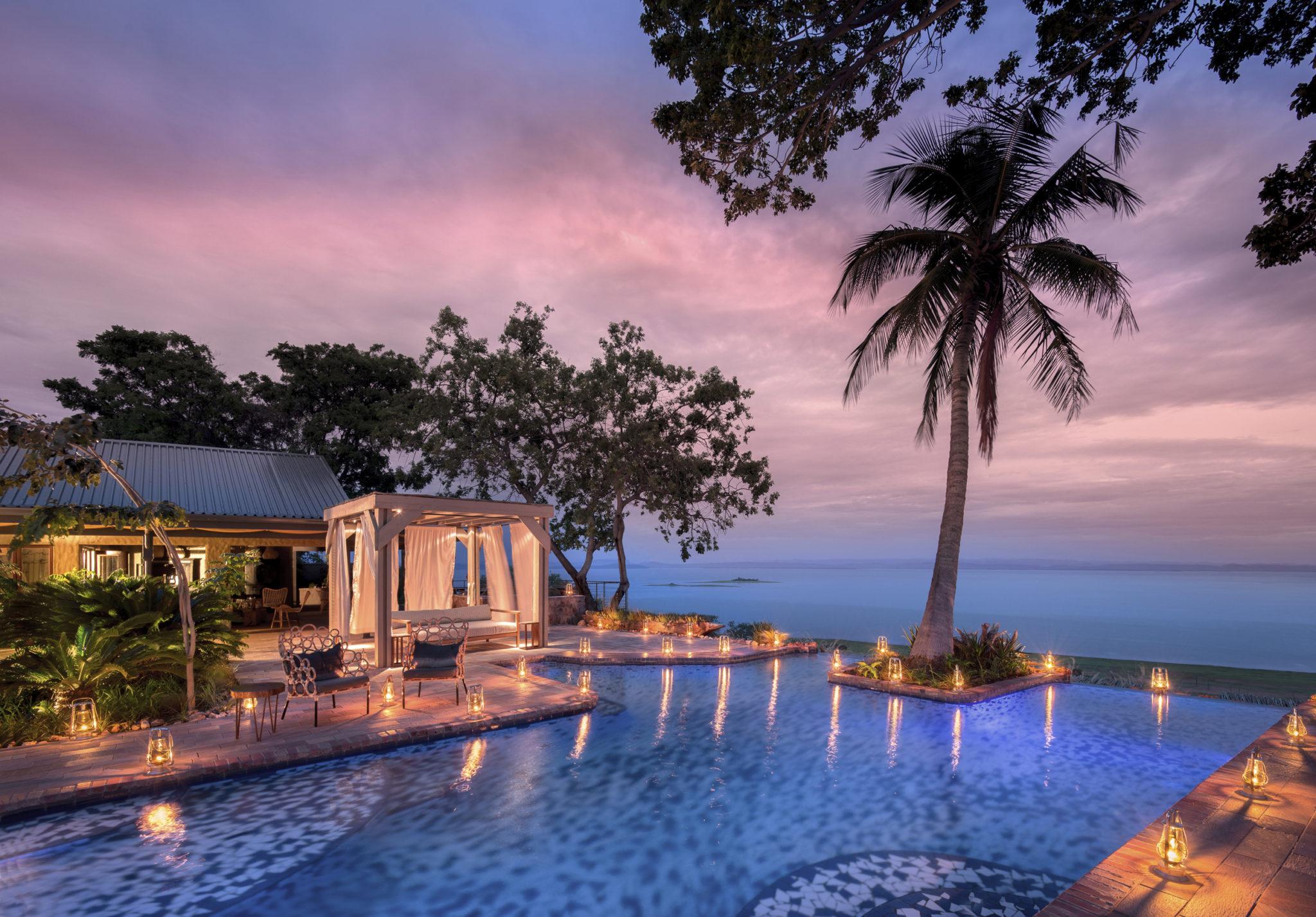1.-Bumi-Hills-Safari-Lodge_Lake-Kariba_Zimbabwe_A-Luxury-Safari-Lodge_-Inifinty-Pool-African-Bush-Camps-4.jpg