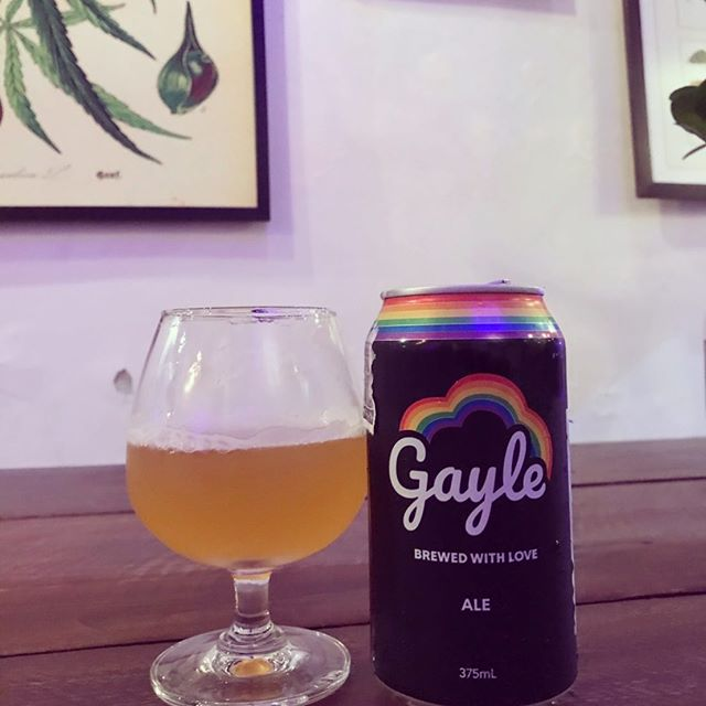 Gayle x Highland - relax and chill with a cold pint of passionfruit pale ale 🍻🏳️‍🌈 #highlandcafebkk #thaicraftbeer #craftbeer #420thailand