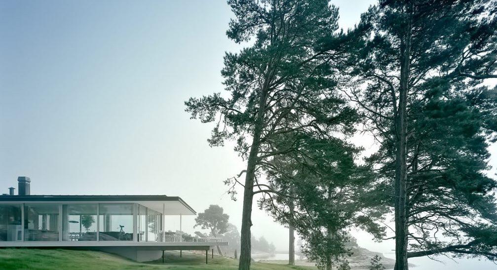 02-Villa-Kymmendo-Luxury-Residence-Grotskar-Island-Sweden-1013x742.jpg