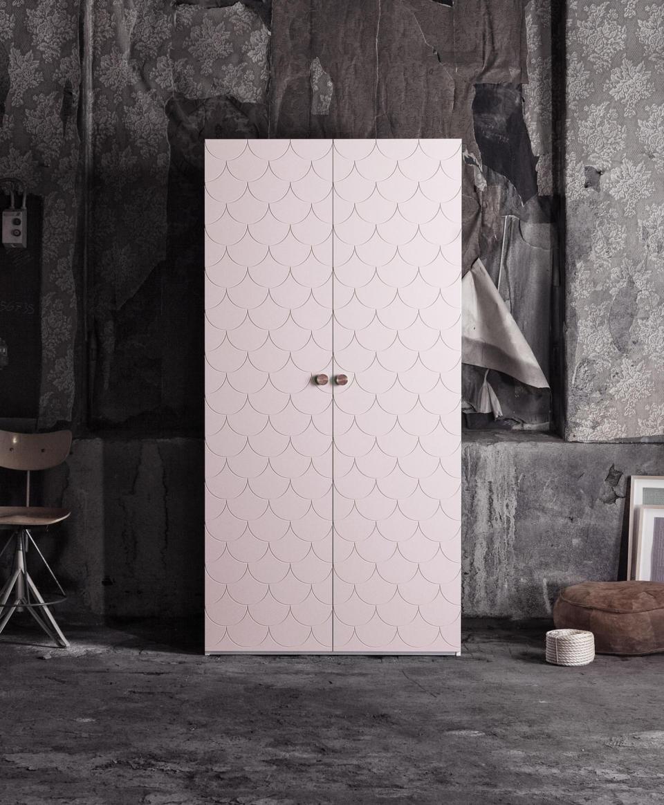 superfront-wardrobe-pattern-bigfish-colour-grannie-pink-ikea-pax-cabinet-handle-circus-brass.jpg