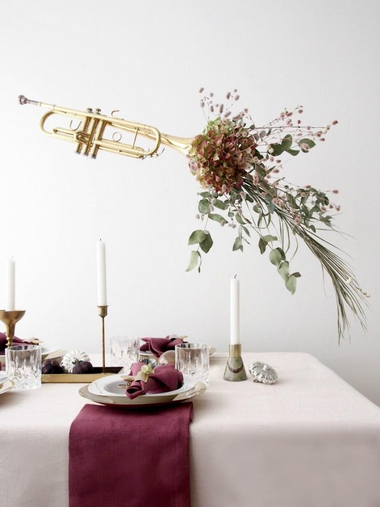 DIY-Memory-Making-Christmas-Table-Setting-Ideas-@monsterscircus.jpg