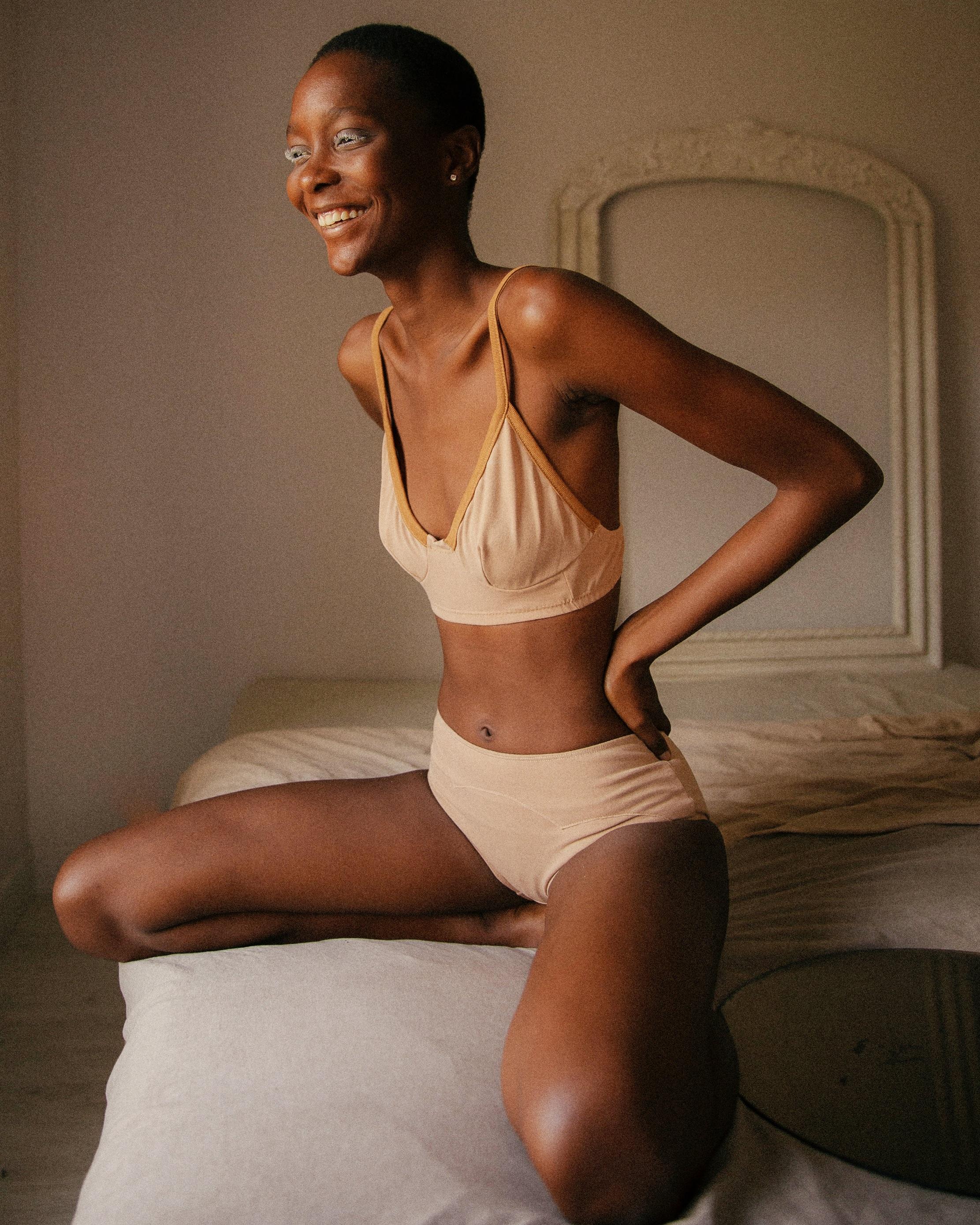 Panapaná - Des sous-vêtements et accessoires, conçus à partir et dans le respect de ce qu'offre la nature. →