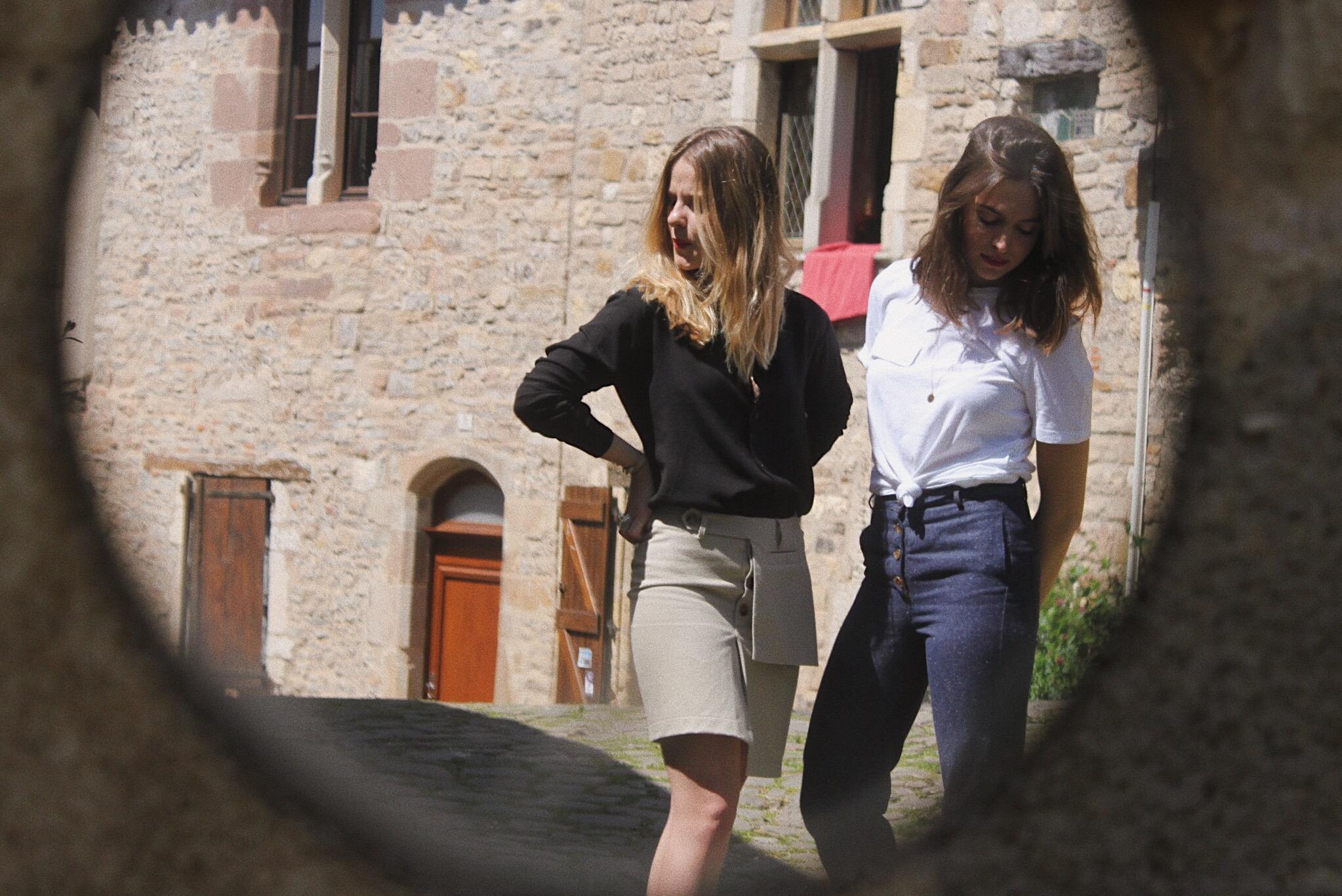 Pierrette & Yvonne - Une mode simple et intemporelle, créée en France à partir de matières recyclées. →