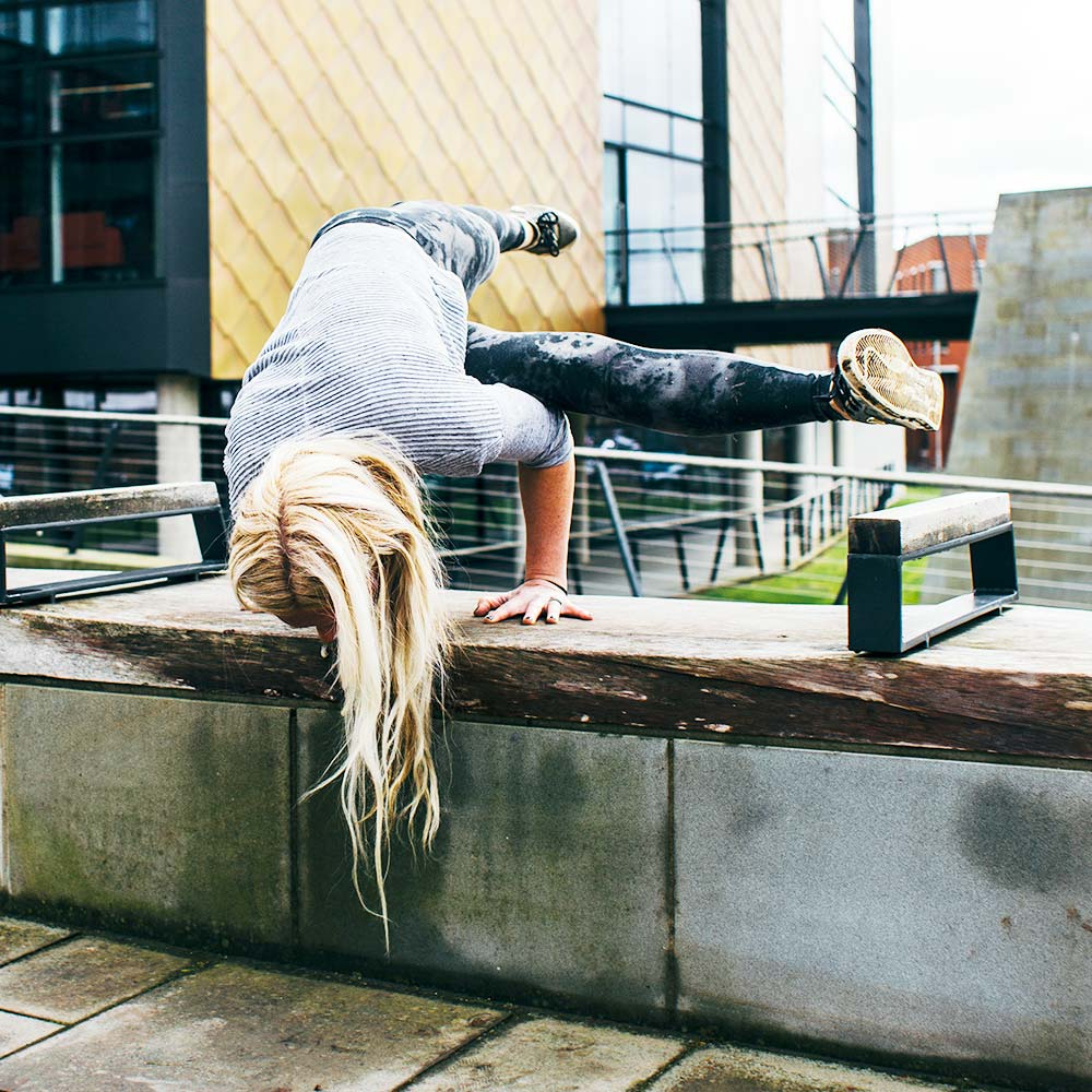 yoga_urban.jpg