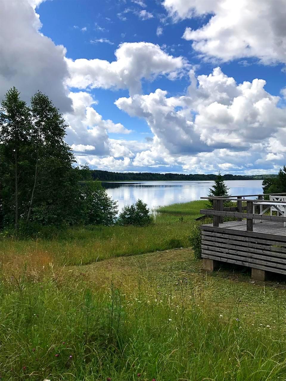 отдых-на-природе-вид-на-озеро-русский-пейзаж-лето-отдых-на-селигере-отель-вершина-селигера-4.jpg