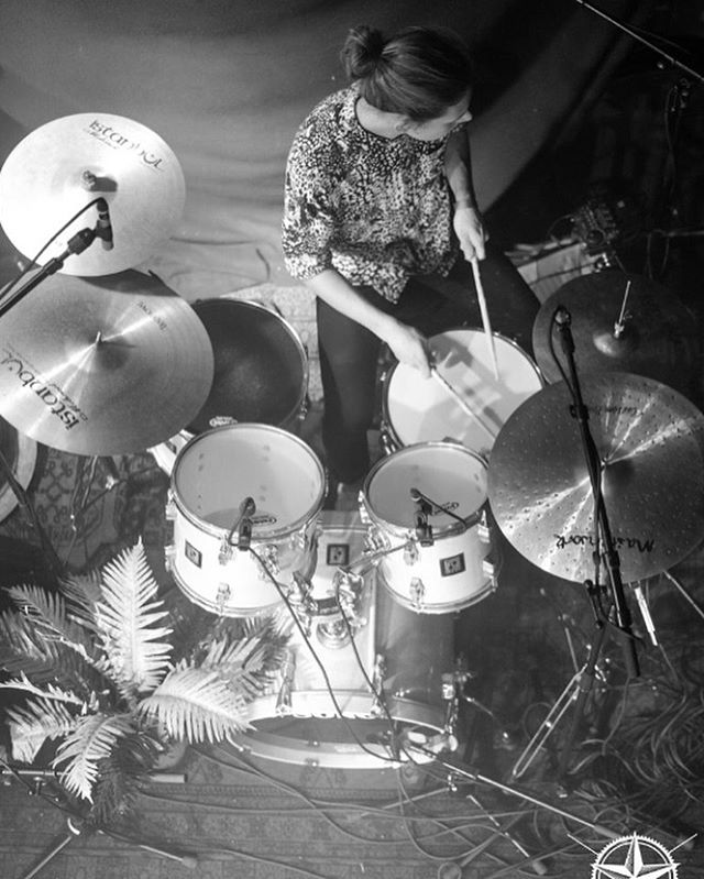 @floesserplatz , it was AMAZING! . . . . #music #live #liveband #livemusic #band #liveperformance #indie #indiemusic #passion #musicislife #mugsns #zurich #passion #musician #goodtimes #love #concert #2018 #onstage #stage #musicdorartists #ecxited #indieband #indiepop #indierock