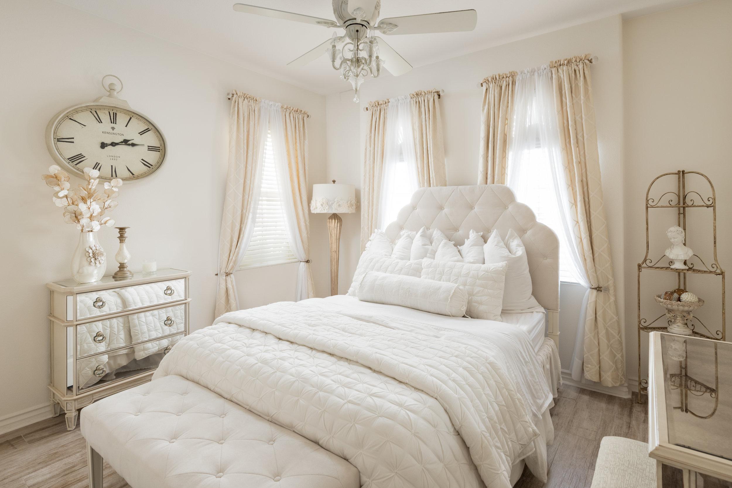 Clock Bedroom-2.jpg
