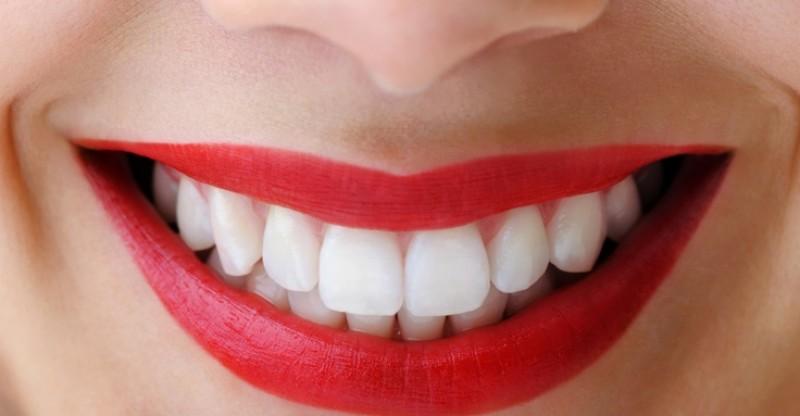 how-to-whiten-teeth-800x416.jpg
