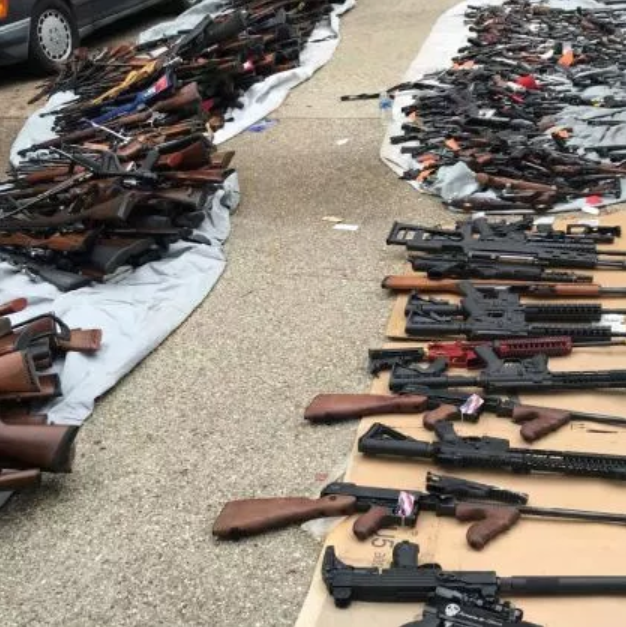 The ATF and LAPD uncovered this cache of over 1000 firearms at a home in the ritzy Holmby Hills neighborhood. Note the multiple weapons which clearly violate Californistan's draconian anti-gun laws. It's almost as if criminals don't give AF about breaking them.