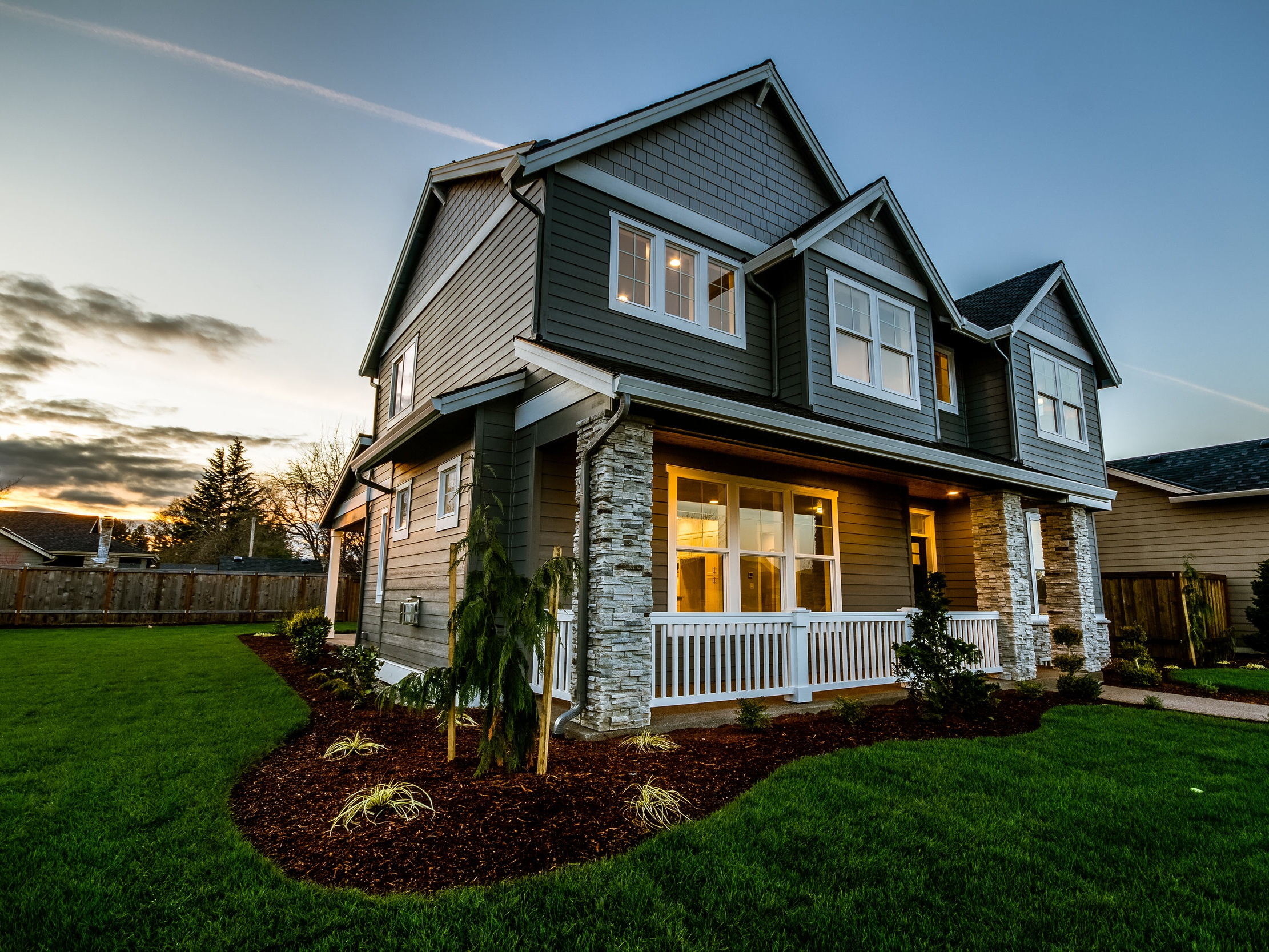 When you're looking to buy a home, Finance Guru is here to help you learn about mortgage rates.
