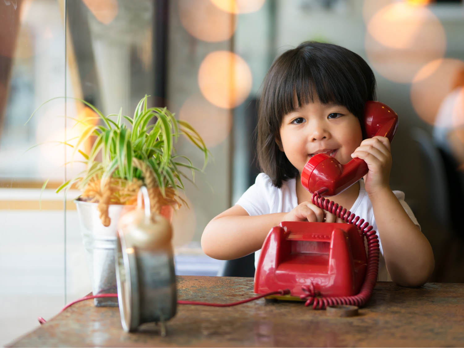 With cell phones being so prominent, most people don't use landline phones anymore. To be honest, we don't understand why. There are many benefits of landline phones that you don't get with a cell phone. Learn more now!