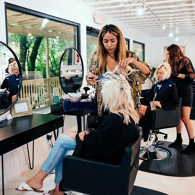 Action shot 📸 @rachaelclark.beauty & @kayla_magallan doing what they do best - BLONDES! . . Trying to get in before the weekend? We have 1 appointment available today and 2 spots tomorrow ☀️ DM, click the link in our bio, or call 615-327-3474 to reserve an appointment