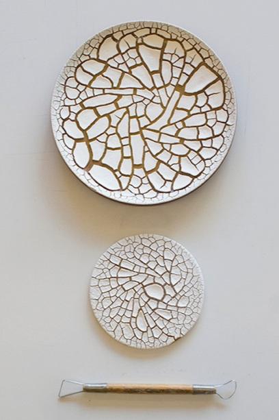 munoz-josefina-design-paysages-desertiques-ceramics-tray-tableware-8.jpg