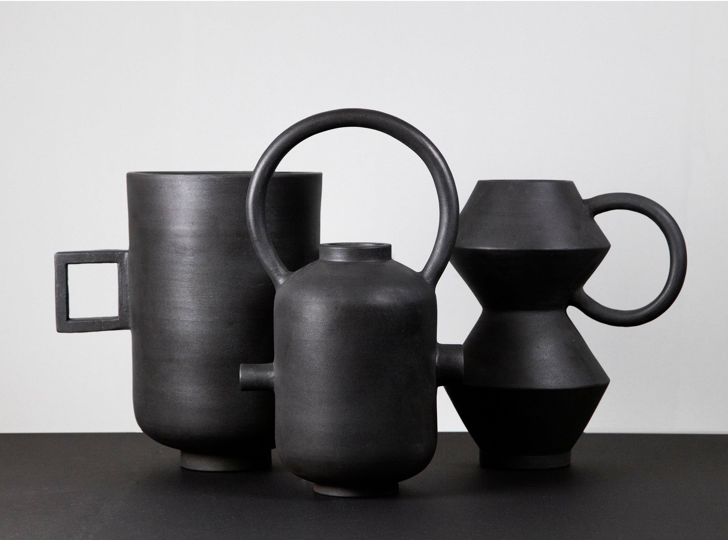 munoz-josefina-design-black-vases-ceramic-7.jpg