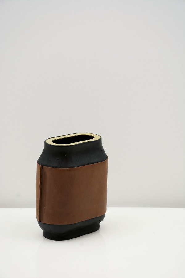 josefina-munoz-design-leather-vases- 1.jpg
