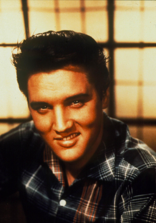 Elvis 9.jpg
