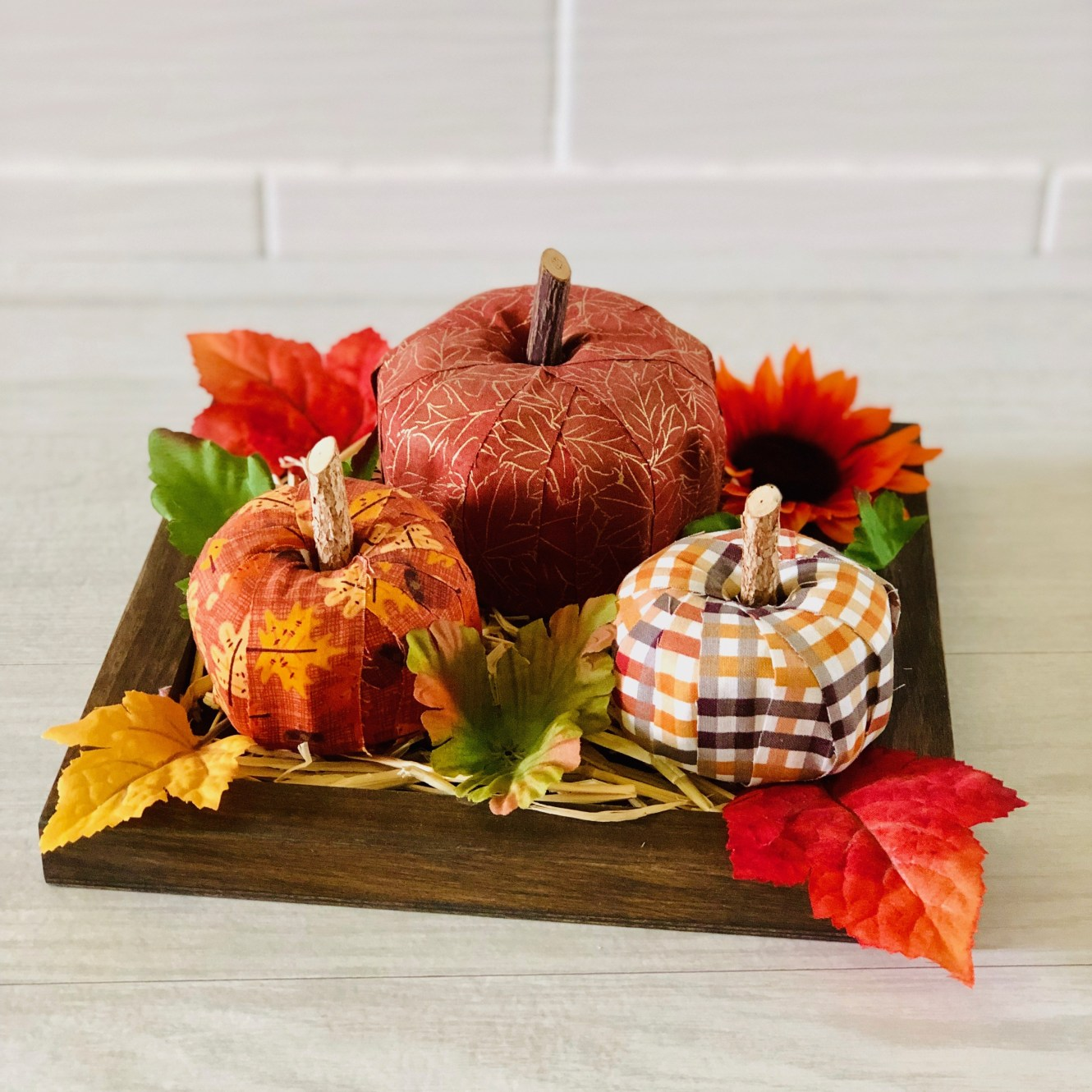 Fabric-Pumpkin-Centerpiece.stnc1_.jpg