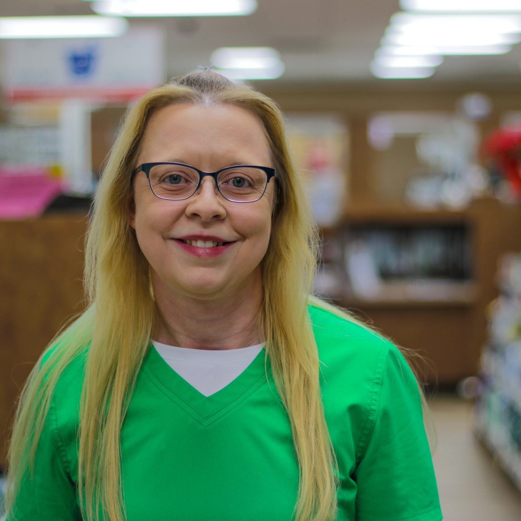 Jennifer G - Pharmacy Technician  Jennifer graduated from Poplar Bluff High School in 1998 and has a paraprofessional degree from TRC. While not at work, she enjoys reading and spending time with family.