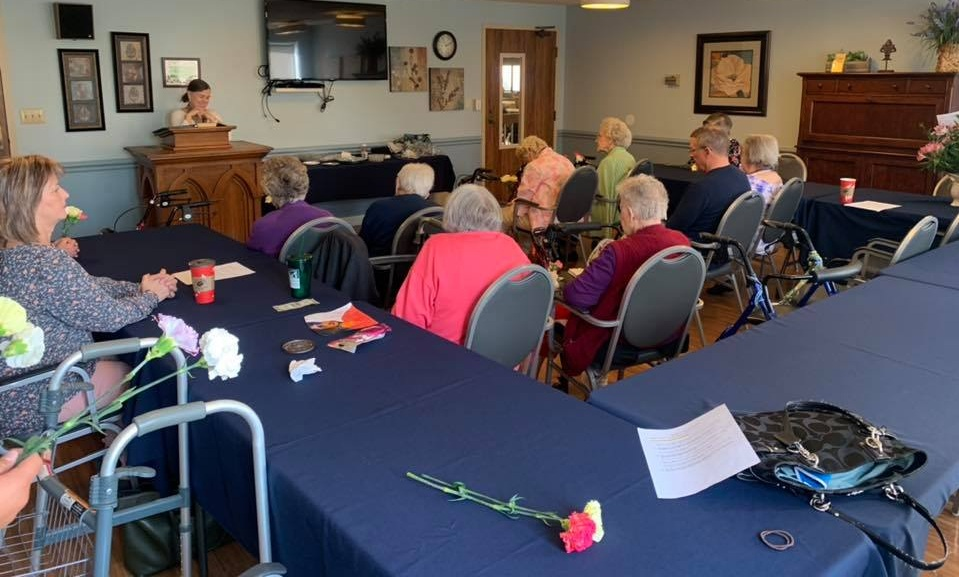 Worship at Perrysburg Commons
